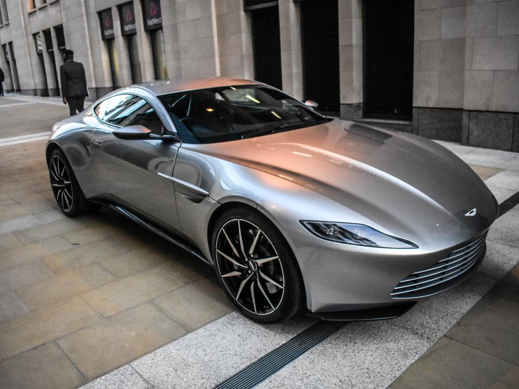 Will Mercedes Benz Deal Put Aston Martin S Shares Back In The Fast Lane