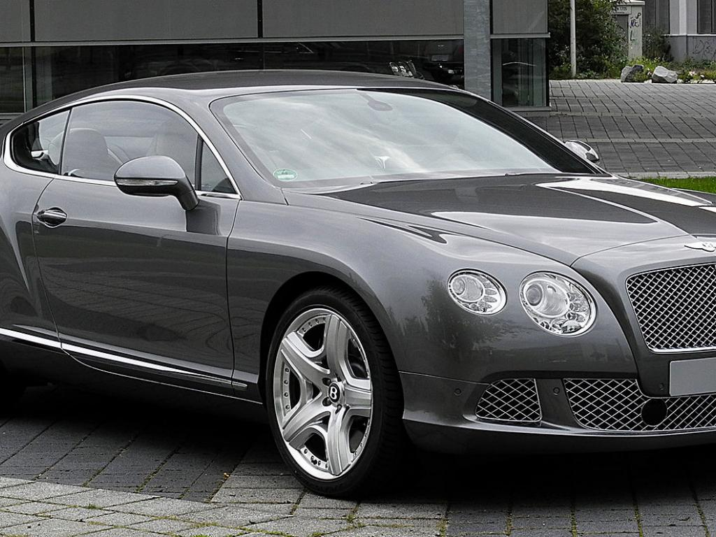 Luxury Automaker Bentley Is Going All Electric