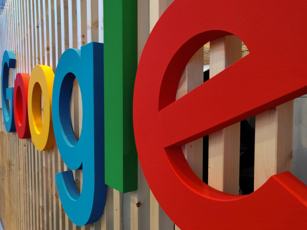 Cathie Wood Buys $10.5M In Google, Loads Up Another $31.6M In Zoom