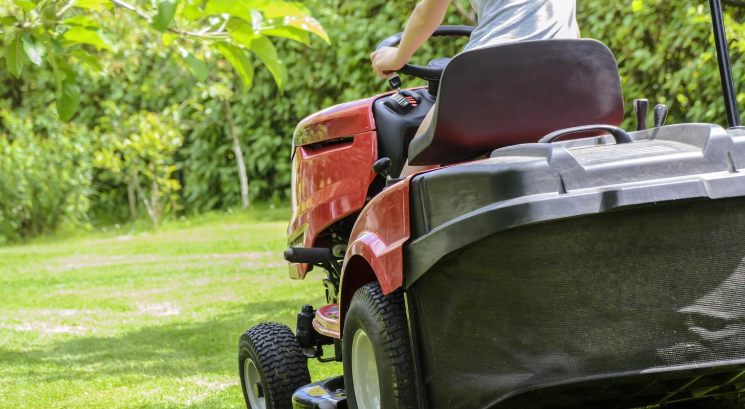 Analyst: Sell This Stock Ahead Of California Gas Mower Ban