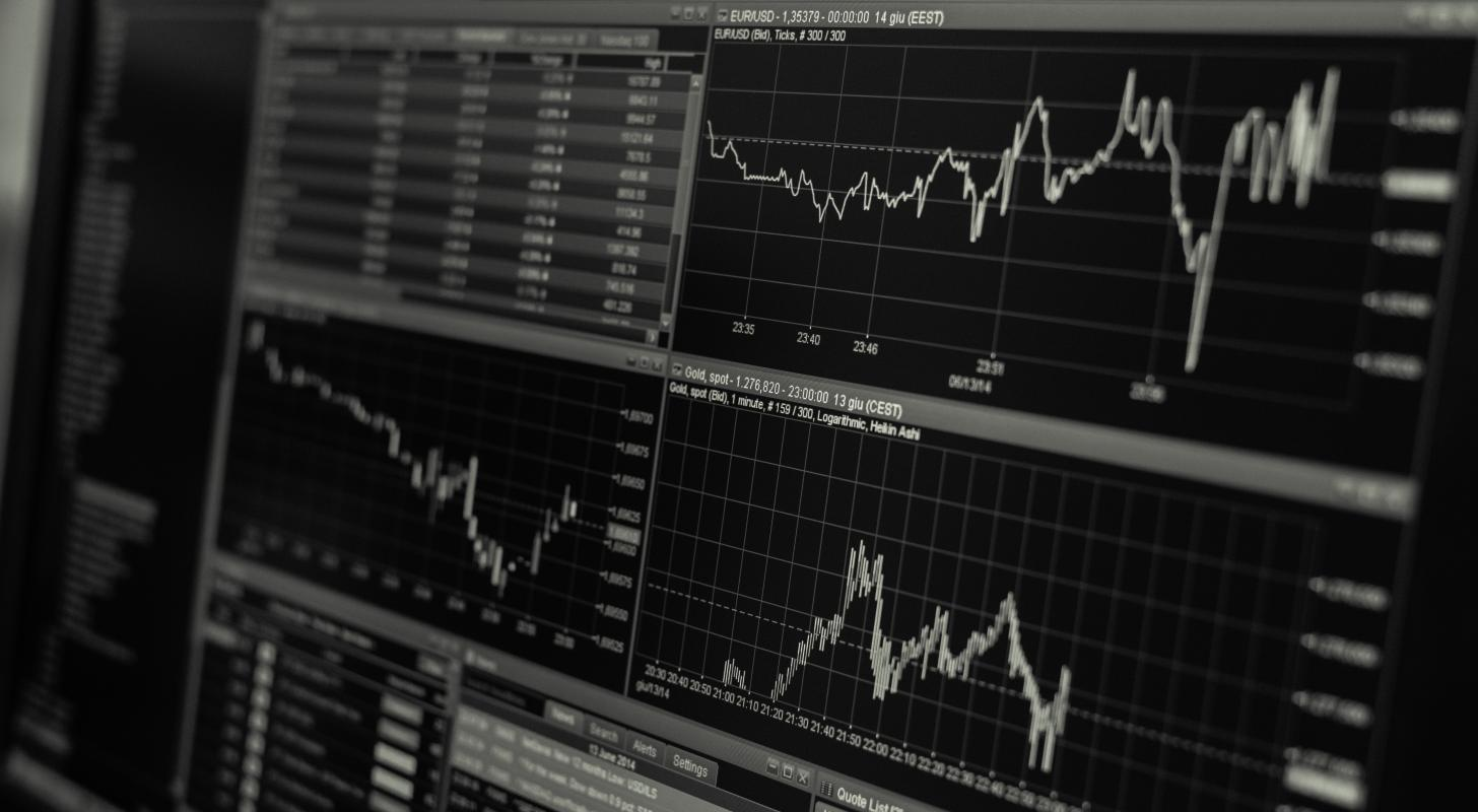What Does Verisk Analytics Debt Look Like?