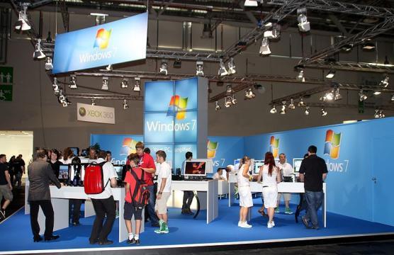 Hewlett-Packard Brought Back Windows 7