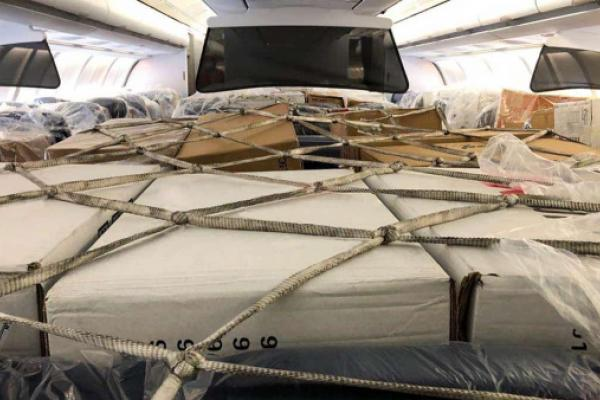Commentary: Why Airlines Are Giving Freight The Window Seats