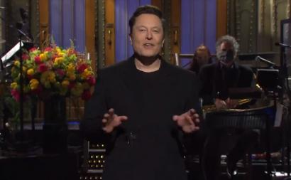 Watch Elon Musk Deliver Monologue on 'SNL'