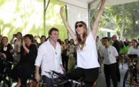 Gisele Bündchen joins DraftKings as advisor ahead of Earth Day 2022.