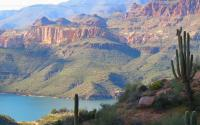 Arizona photo courtesy of Pixabay