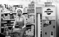 Joan Crawford grocery shopping in 1969.