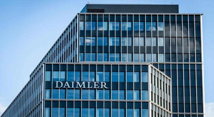 Daimler Forecasts Strong Q4 Results Offsetting Early 2020 Setbacks
