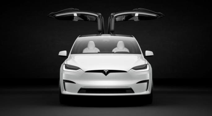 Tesla actualiza el Model X con nuevas ruedas