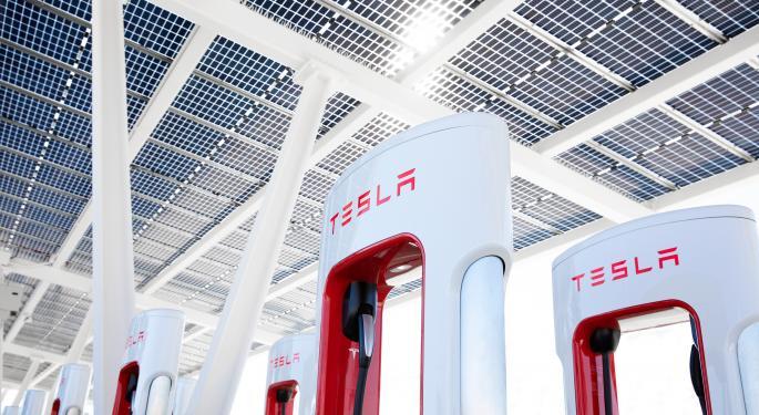 Tesla abrirá sus Superchargers a otros coches este año