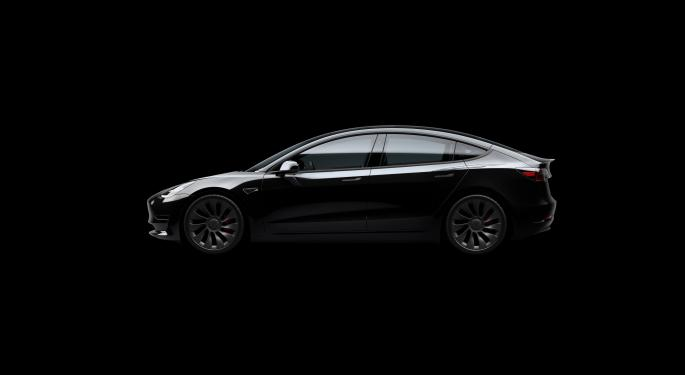 El Model 3 de Tesla vuelve a ser favorito en el IIHS