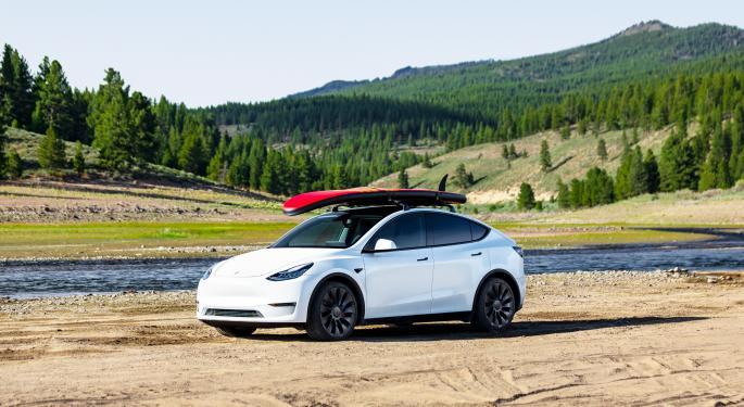 Tesla vuelve a subir el precio del Model 3 y Y en EEUU
