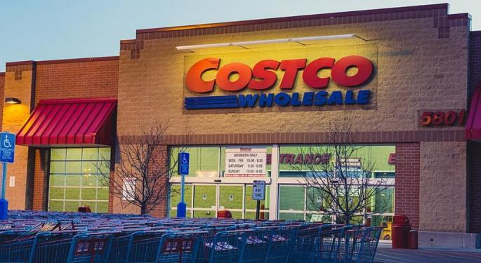 Traders Share Their Thoughts On Costco And Walmart
