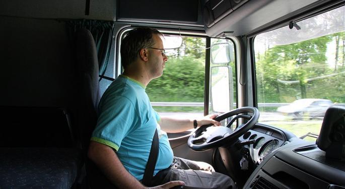 Freightliner Tasks Team Run Smart Ambassadors To Talk Up Trucking Careers