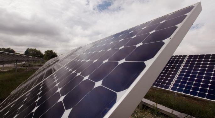 Deutsche Bank Bullish On Solar Stocks, Notes 'Weakness Provides Good Entry Point'