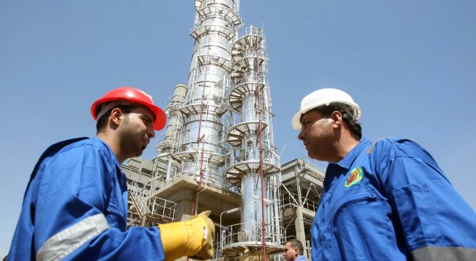 Analysts Shout: It's Finally Time To Buy Oil Services Stocks!