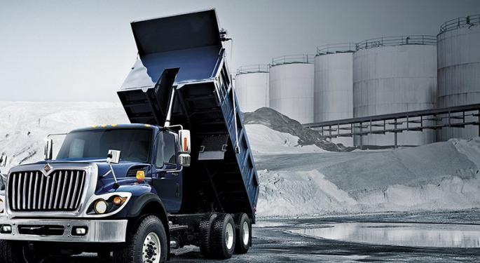 Navistar Recalls Trucks Because Engine Revving Can Overwhelm Parking Brake