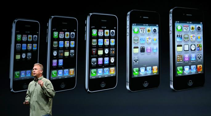 Apple Cannot Afford To 'Degrade Its Premium Pricing Status' With iPhone 5C AAPL