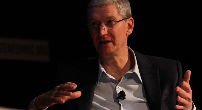 Apple CEO Tim Cook Gets $750M In Shares From iPhone Maker And Cashes Them Out Almost Immediately
