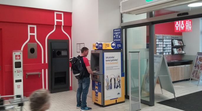 Euronet Worldwide: DA Davidson's Payments Alternative To Western Union, MoneyGram