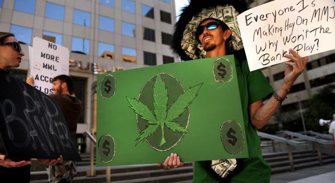 Colorado Legislature Approves Banking System For Marijuana Businesses
