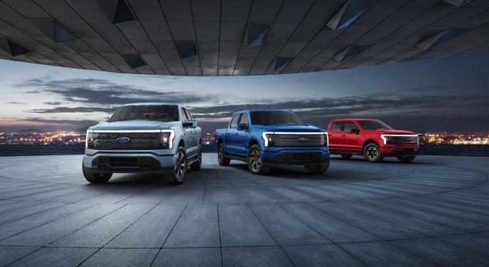 Ford sube el objetivo de inversión a 5 años en coches eléctricos