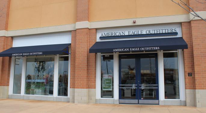 American Eagle Outfitters Has Revenue Upside Despite Retail Struggles, JPMorgan Says