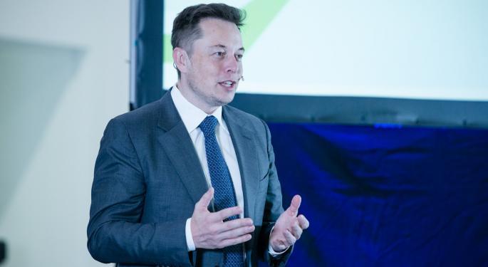 """Elon Musk: """"es 'loco' que Europa subsidie la contaminación"""""""