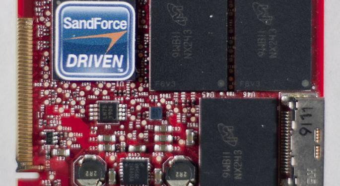 Following Micron's Q1 Pre-Announcement, Could It Guide Above The Street?