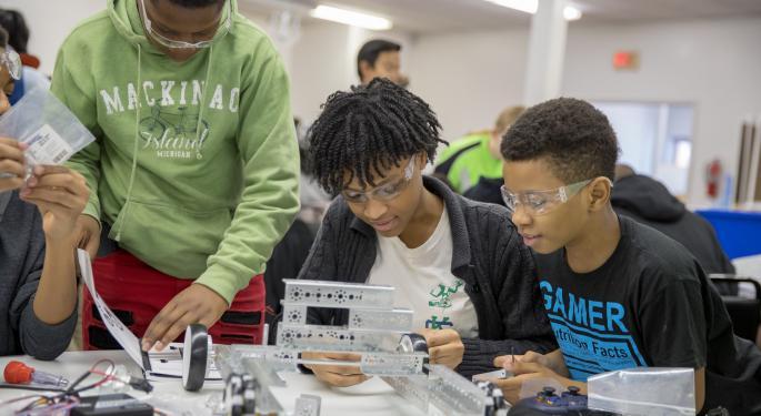 Students Pack Detroit For National Robotics Championship: 'It's Helped Me Have A More Mechanical Mindset'