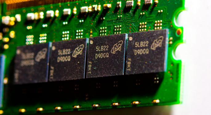 Micron Trades Higher On Q4 Earnings Beat