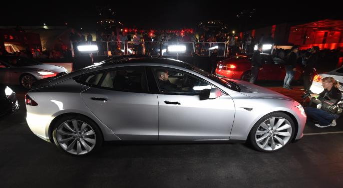 Tesla Hasn't Solved Range Anxiety, Says Former Chevy Volt Executive And Fisker CEO
