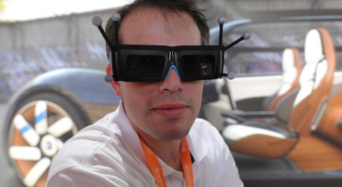 Google, GoPro Team Up On Virtual Realty; Apple Reportedly Makes Augmented Reality Acquisition