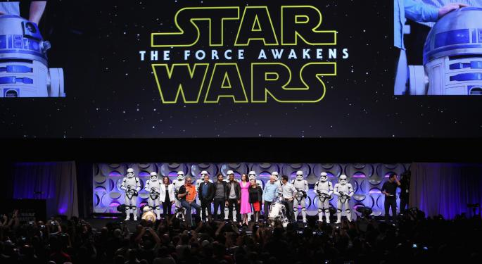 """'Star Wars: The Force Awakens' Will Be The """"Record-Breaker Of All Record-Breakers"""""""