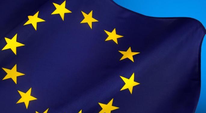 Euro Lower On Stimulus Speculation