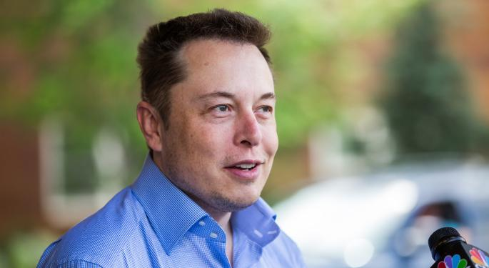 What Elon Musk Thinks Of Bill Gates' Knowledge About Electric Vehicles