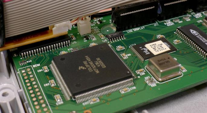 Micron To Sell 300-mm Chip Factory To Texas Instruments For $900M