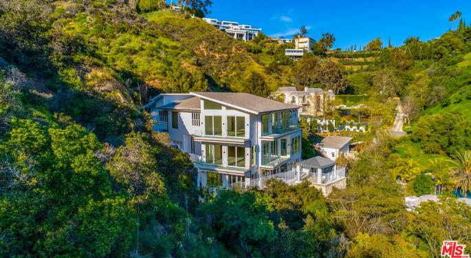 Vineyard And Panoramic Views: Real Estate In Bel Air Going For $10.9M