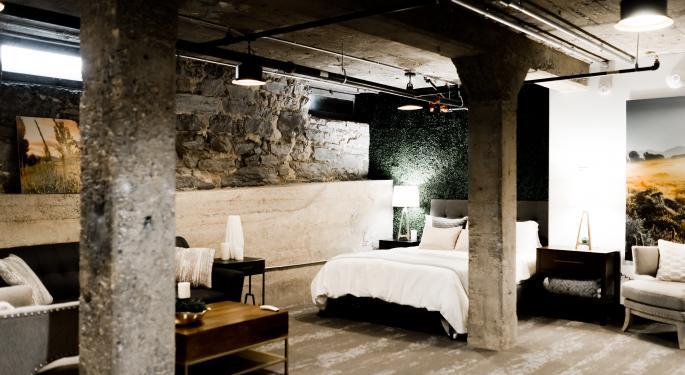 Airbnb Prices IPO Above Estimates At $68 Per Share