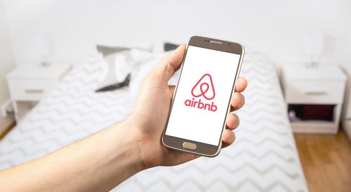 Report: Airbnb Wants SEC Rules Changed To Give Hosts Company Equity