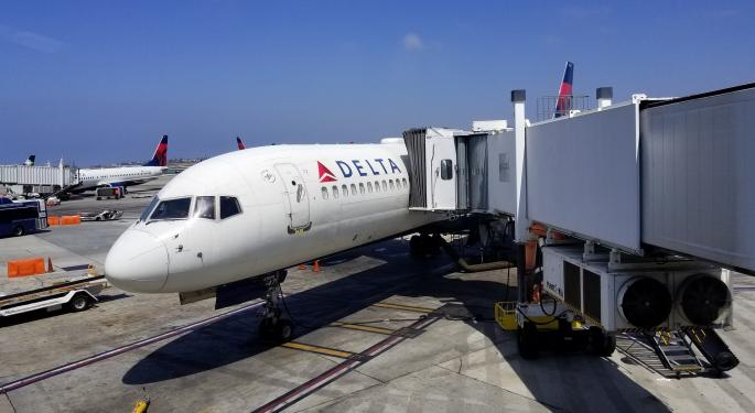Why Delta Employees Are Suing Lands' End
