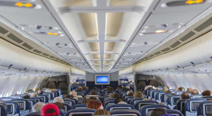 United Air CEO Says Revenue Will Remain Depressed Until COVID-19 Vaccine Launch