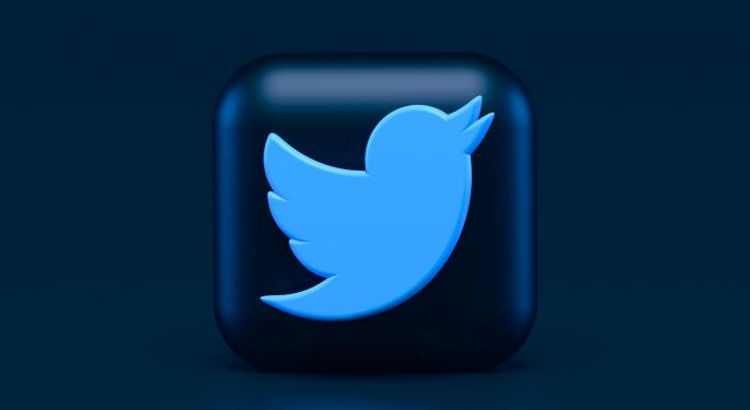 Cathie Wood compra 42M$ más en acciones de Twitter