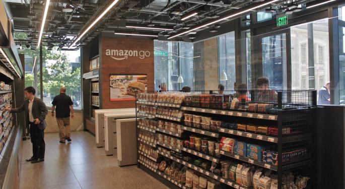 Amazon To Offer Hot Food, Espresso, Fountain Soda In California Convenience Store