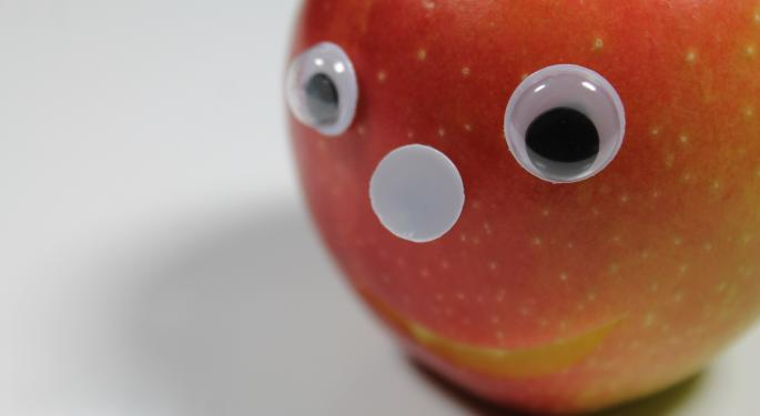Cramer: Apple's Declining Revenue Is Bullish For Apple's Stock