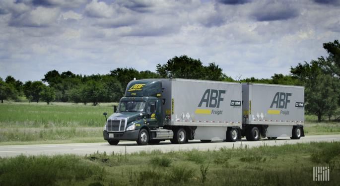 ArcBest Reports Strong Q1, April Revenue Down 20%