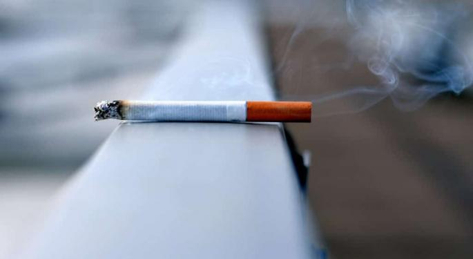 Coronavirus, Weed And Nicotine: Are Smokers And Vapers Facing Greater Risks?