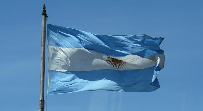 Argentina's Finance Secretary To Meet With Holdouts About Defaulted Bonds