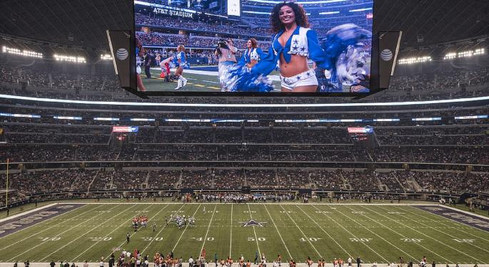 Thanksgiving Football: Cowboys Go For Franchise Record, Lions Chase Division Title