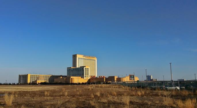 Tilman Fertitta's Restaurant, Casino Group In Talks With Fast Acquisition SPAC
